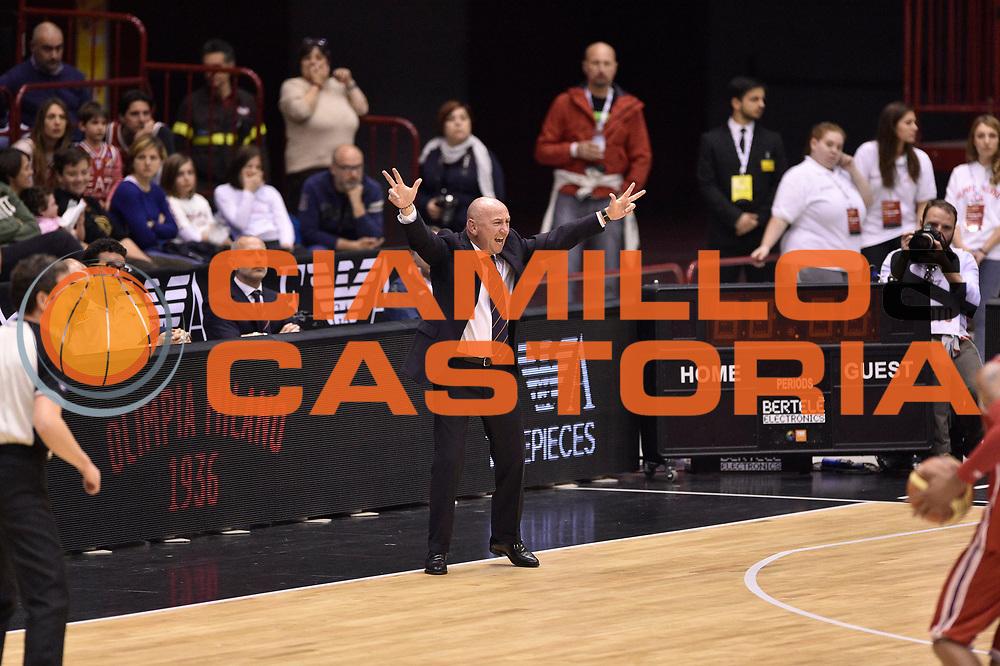 DESCRIZIONE : Milano Lega A 2014-15 <br /> EA7 Olimpia Milano - Acea Virtus Roma <br /> GIOCATORE : Luca Dalmonte<br /> CATEGORIA : coach mani <br /> SQUADRA : Acea Virtus Roma <br /> EVENTO : Campionato Lega A 2014-2015 <br /> GARA : EA7 Olimpia Milano - Acea Virtus Roma<br /> DATA : 12/04/2015<br /> SPORT : Pallacanestro <br /> AUTORE : Agenzia Ciamillo-Castoria/GiulioCiamillo<br /> Galleria : Lega Basket A 2014-2015  <br /> Fotonotizia : Milano Lega A 2014-15 EA7 Olimpia Milano - Acea Virtus Roma