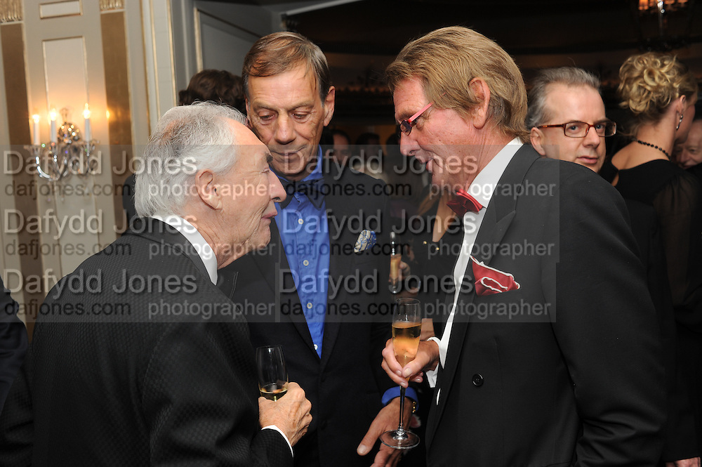 SIR ROBERT OGDEN; SIR HENRY CECIL; ANDY STEWART, The Cartier Racing Awards. The Ballroom, Dorchester hotel. Park Lane. London. 15 November 2011. <br /> <br />  , -DO NOT ARCHIVE-© Copyright Photograph by Dafydd Jones. 248 Clapham Rd. London SW9 0PZ. Tel 0207 820 0771. www.dafjones.com.