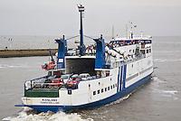HARLINGEN  -De Midsland, de veerboot van Doeksen , die de verbinding tussen Harlingen en Terschelling onderhoudt. ANP COPYRIGHT KOEN SUYK