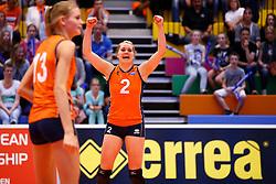 20140425 NED: Jong Oranje Vrouwen - Montenegro, Arnhem <br /> Ilse Janssen (2) The Netherlands<br /> ©2014-FotoHoogendoorn.nl / Pim Waslander