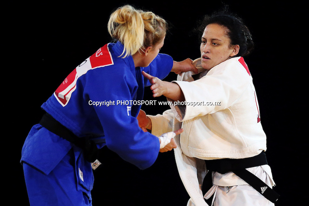 Darnica Manuel of New Zealand competes against Stephanie Inglis of Scotland during the Womens -57kg Judo Quarter-finals on Day 1. Glasgow 2014 Commonwealth Games. Scottish Exhibition Conference Centre, Glasgow, Scotland. Thursday 24 July 2014. Photo: Anthony Au-Yeung / photosport.co.nz