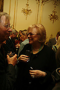 LADY ANTONIA PINTER, Seamus Heaney reading and party. Irish Embassy. Grosvenor Place. 21 April 2006. ONE TIME USE ONLY - DO NOT ARCHIVE  © Copyright Photograph by Dafydd Jones 66 Stockwell Park Rd. London SW9 0DA Tel 020 7733 0108 www.dafjones.com