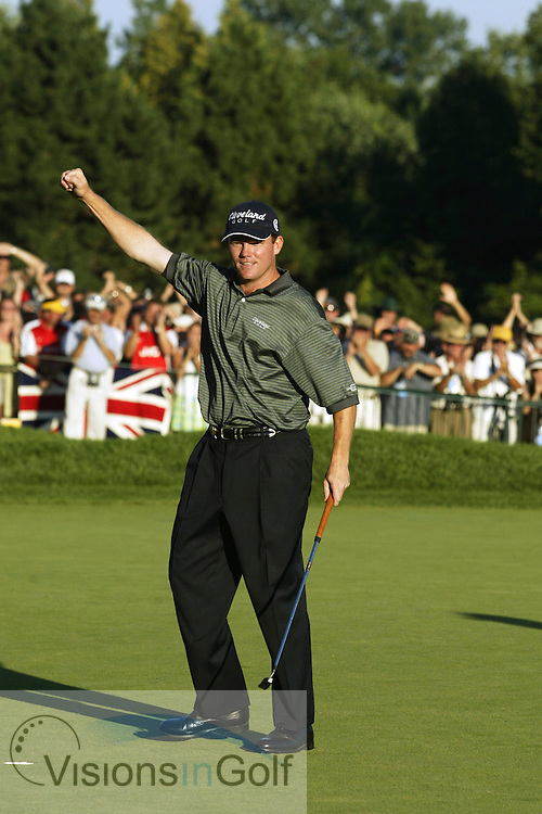 2003 PGA Championship at Oak Hill GC, Rochester NY<br />Sunday, August 17  Rnd 4<br />Photos: Michael Cohen<br /><br />Shaun Micheel wins 2003 PGA Championship on the 18th