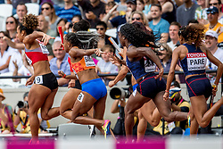 12-08-2017 IAAF World Championships Athletics day 9, London<br /> 4 x 100 meter relay met Naomi Sedney NED en Jamile Samuel NED. Nederland kwam op de atletiekbaan van het Olympic Stadium tot een tijd van 42,64 seconden en plaatste zich voor de finale