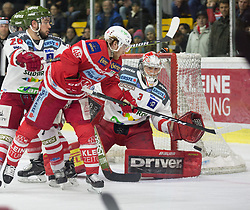 13.3.2018, Stadthalle, Klagenfurt, AUT, EBEL, EC KAC vs HCB Südtirol, 3. Viertelfinalspiel Playoff, im Bild Chris DeSousa (HCB-Südtirol Alperia, #28), Johannes Bischofberger (EC KAC, #46), Pekka Toukkola (HCB-Südtirol Alperia, #3) // during the Erste Bank Eishockey League 3rd Quaterfinal match between EC KAC vs HCB Südtirol at the City Hall in Klagenfurt, Austria on 2018/03/13. EXPA Pictures © 2018, PhotoCredit: EXPA/ Gert Steinthaler