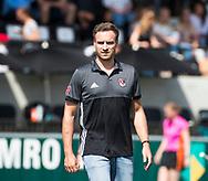 AMSTELVEEN -  coach Rick Mathijssen (A'dam) voor  de finale van de play-offs om de landstitel in het Wagener-stadion, tussen Amsterdam en Den Bosch (1-4).   COPYRIGHT  KOEN SUYK