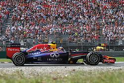 07.09.2014, Autodromo di Monza, Monza, ITA, FIA, Formel 1, Grand Prix von Italien, Renntag, im Bild Daniel Ricciardo from Red Biull // during the race day of Italian Formula One Grand Prix at the Autodromo di Monza in Monza, Italy on 2014/09/07. EXPA Pictures © 2014, PhotoCredit: EXPA/ Eibner-Pressefoto/ Cezaro<br /> <br /> *****ATTENTION - OUT of GER*****