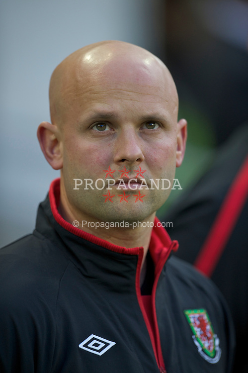 DUBLIN, REPUBLIC OF IRELAND - Wednesday, May 25, 2011: Wales' physiotherapist Matthew Radcliffe before the Carling Nations Cup match against Scotland at the Aviva Stadium (Lansdowne Road). (Photo by David Rawcliffe/Propaganda)