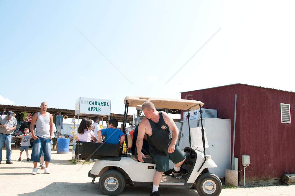 unusual rural flea market in Springfield, SC