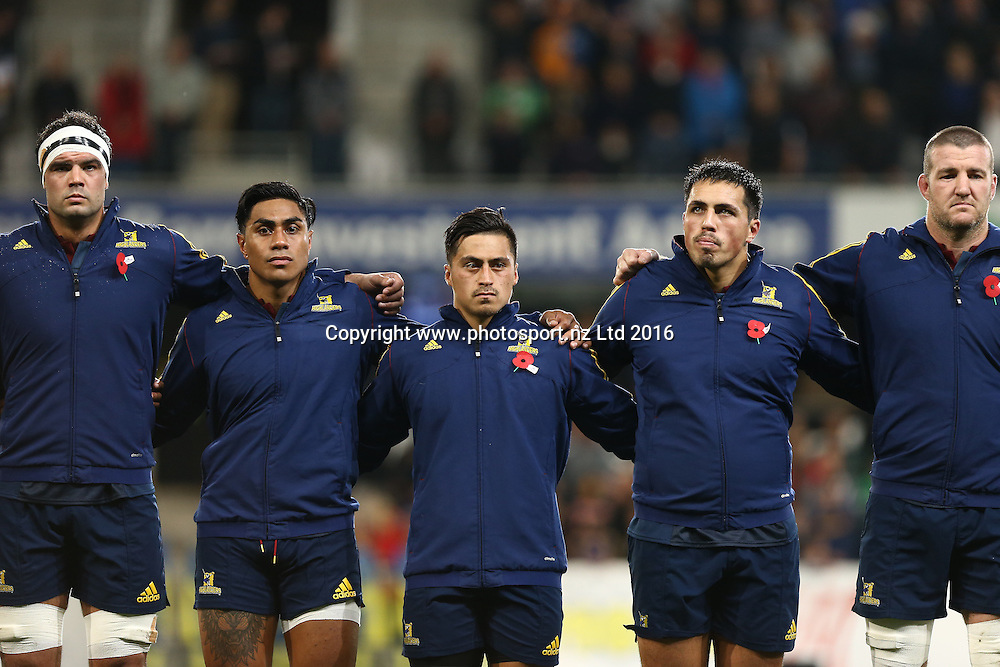 Highlander players  look on during the Anzac commemoration activities prior to the Super Rugby match between the Highlanders and Sharks, Forsyth Barr Stadium, Dunedin, Friday, April 22, 2016. Photo: Dianne Manson / www.photosport.nz
