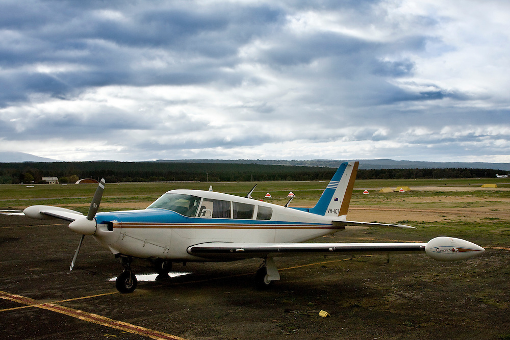 1969 Piper Comanche (PA-24-260) VH-ICT with tip tanks at Latrobe Valley Regional Airport