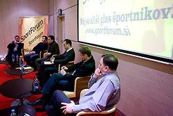 Tilen Trotovsek, Goran Obrez, Boris Zugic, Dejan Obrez, Tomaz Ambrozic in Mile Jovanovic na okrogli mizi na temo o vlogi medijev (predvsem televizije), pri popularizaciji in razvoju slovenskega nogometa v organizaciji SportForum Slovenija, Austria Trend Hotel, Ljubljana, 23. april 2009. (Photo by Vid Ponikvar / Sportida)