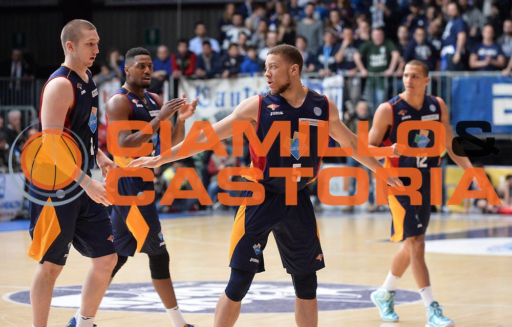 DESCRIZIONE : Cantu' Lega A 2014-2015 Acqua Vitasnella Cantu' Acea Virtus Roma<br /> GIOCATORE : Acea Virtus Roma<br /> CATEGORIA : esultanza<br /> SQUADRA : Acea Virtus Roma<br /> EVENTO : Campionato Lega A 2014-2015<br /> GARA : Acqua Vitasnella Cantu' Acea Virtus Roma<br /> DATA : 11/01/2015<br /> SPORT : Pallacanestro<br /> AUTORE : Agenzia Ciamillo-Castoria/R.Morgano<br /> GALLERIA : Lega Basket A 2014-2015<br /> FOTONOTIZIA : Cantu' Lega A 2014-2015 Acqua Vitasnella Cantu' Acea Virtus Roma<br /> PREDEFINITA :