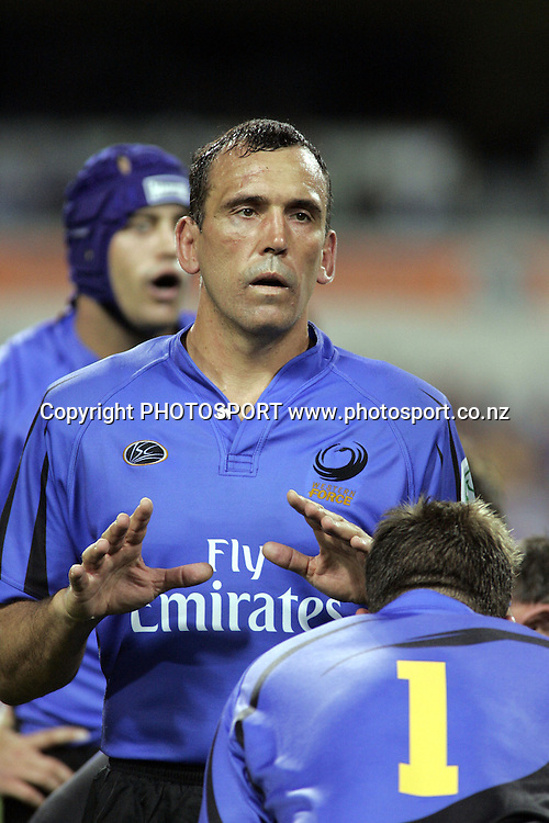John Welborn, Force's lock, waits fo a line out ball during the opening round of the 2006 Super 14 rugby union match between the Western Force and ACT Brumbies at Subiaco Oval, Perth, Western Australia, on Friday 10 February, 2006.  Final score was Western Force 10 - AC Brumbies 25.  Photo: Christian Sprogoe/PHOTOSPORT