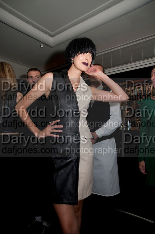 AGYNESS DEHN, Dinner hosted by editor of British Vogue, Alexandra Shulman in association with Net-A-Porter.com in honour of 25 years of London Fashion Week and Nick Knight. Caprice. London.  September 21, 2009