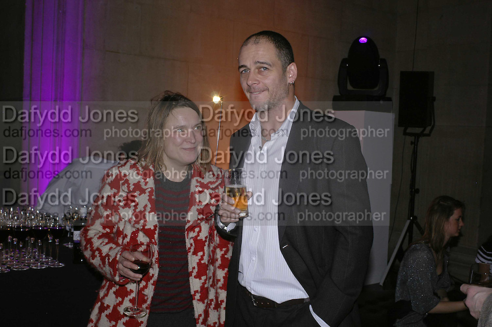 Sara Lucas and Dinos Chapman, Turner Prize 2006. Tate Gallery. London. 4 December 2006. ONE TIME USE ONLY - DO NOT ARCHIVE  © Copyright Photograph by Dafydd Jones 248 CLAPHAM PARK RD. LONDON SW90PZ.  Tel 020 7733 0108 www.dafjones.com