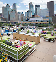 New condominim provides roof top amenities in downtown Minneapolis.