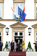 Staatsbezoek aan Luxemburg dag 1 / State visit to Luxembourg day 1<br /> <br /> Op de foto / On the photo: Ontvangst burgemeester Luxemburg in de Cercle Cité Koning Willem Alexander en koningin Maxima met Groothertog Henri en Groothertogin Maria Teresa / Reception mayor Luxembourg in the Cercle Cité  King Willem Alexander and Queen Maxima with Grand Duke Henri and Grand Duchess Maria Teresa