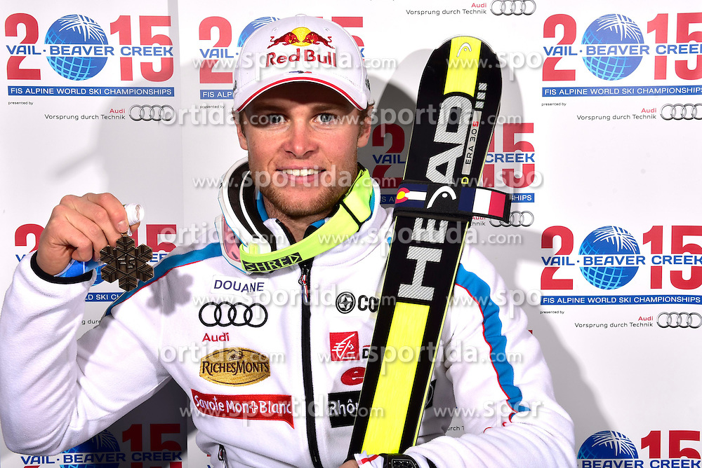 13.02.2015, Solaris Placa, Vail, USA, FIS Weltmeisterschaften Ski Alpin, Vail Beaver Creek 2015, Herren, Riesentorlauf, Medaillen, im Bild Alexis Pinturault (FRA, 3.Platz) // 3rd placed Alexis Pinturault of France poses with his Medal after the Mens Giant Slalom of FIS Ski World Championships 2015 at the Solaris Placa in Vail, United States on 2015/02/13. EXPA Pictures © 2015, PhotoCredit: EXPA/ Vail 2015/ Francis Bompard
