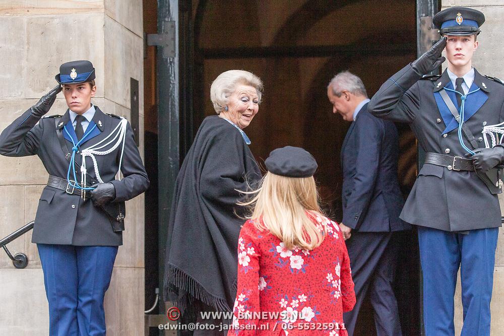 NLD/Amsterdam/20181206 - Koninklijke Familie bij Prins Claus prijs, Prinses Beatrix en Prinses Mabel