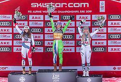 10.02.2019, Aare, SWE, FIS Weltmeisterschaften Ski Alpin, Abfahrt, Damen, Siegerpräsentation, im Bild v.l.: Silbermedaillengewinnerin Corinne Suter (SUI), Weltmeisterin und Goldmedaillengewinnerin Ilka Stuhec (SLO), Bronzemedaillengewinnerin Lindsey Vonn (USA) // f.l.: Silver medalist Corinne Suter of Switzerland World champion and gold medalist Ilka Stuhec of Slovenia Bronze medalist Lindsey Vonn of the USA during the winner presentation for the ladie's Downhill competition of FIS Ski World Championships 2019. Aare, Sweden on 2019/02/10. EXPA Pictures © 2019, PhotoCredit: EXPA/ Johann Groder