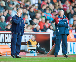 SHEFFIELD, ENGLAND - Saturday, March 1, 2008: Sheffield United's manager Kevin Blackwell and Charlton Athletic's manager Alan Pardew during the League Championship match at Bramall Lane. (Photo by David Rawcliffe/Propaganda)