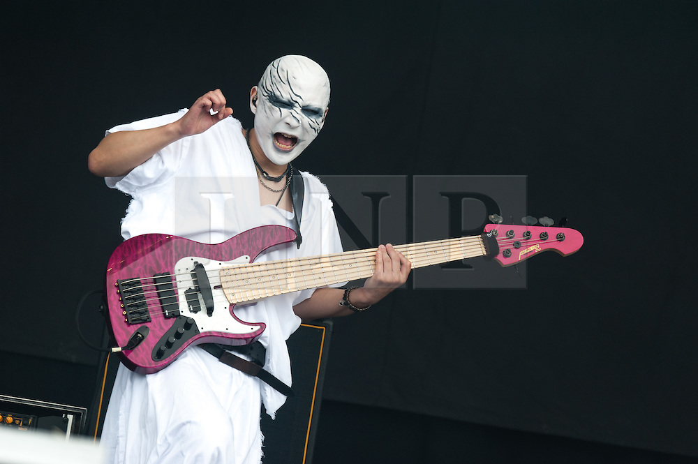 © Licensed to London News Pictures. 29/08/2015. Reading Festival, UK.  Babymetal performing at Reading Festival 2015, Day 2.  Photo credit: Richard Isaac/LNP