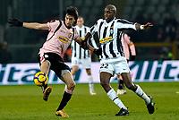 Fotball<br /> Italia<br /> Foto: Inside/Digitalsport<br /> NORWAY ONLY<br /> <br /> Mohammed Sissoko (Juventus) e Javier Pastore (Palermo) <br /> <br /> 28.02.2010<br /> Juventus v Palermo<br /> Posticipo del Campionato di Serie A
