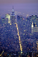New York. Elevated view on Midtown Manhattan, the fifth avenue. . the empire state building; New York  Usa /   Midtown Manhattan, la Cinquieme avenue  , l empire state building et la pollution;