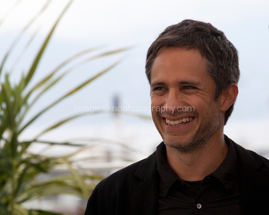 Gael García Bernal at It Must Be Heaven film photo call at the 72nd Cannes Film Festival, Friday 24th May 2019, Cannes, France. Photo credit: Doreen Kennedy