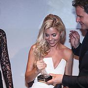 NLD/Amsterdam/20131111 - Beau Monde Awards 2013, winnares Yvonne Coldeweijer