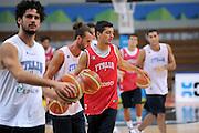 DESCRIZIONE : Trento Primo Trentino Basket Cup Nazionale Italia Maschile <br /> GIOCATORE : Massimo Chessa<br /> CATEGORIA : allenamento<br /> SQUADRA : Nazionale Italia <br /> EVENTO :  Trento Primo Trentino Basket Cup<br /> GARA : Allenamento<br /> DATA : 26/07/2012 <br /> SPORT : Pallacanestro<br /> AUTORE : Agenzia Ciamillo-Castoria/C.De Massis<br /> Galleria : FIP Nazionali 2012<br /> Fotonotizia : Trento Primo Trentino Basket Cup Nazionale Italia Maschile<br /> Predefinita :