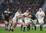 Twickenham, United Kingdom.  George FORD supported by Jonny MAY, holds off thr Bok No.6 Willem ALBERTS, during the Old Mutual Wealth Series match: England vs South Africa, at the RFU Stadium, Twickenham, England, Saturday, 12.11.2016<br /> <br /> [Mandatory Credit; Peter Spurrier/Intersport-images]