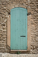 Green door in Gordes.