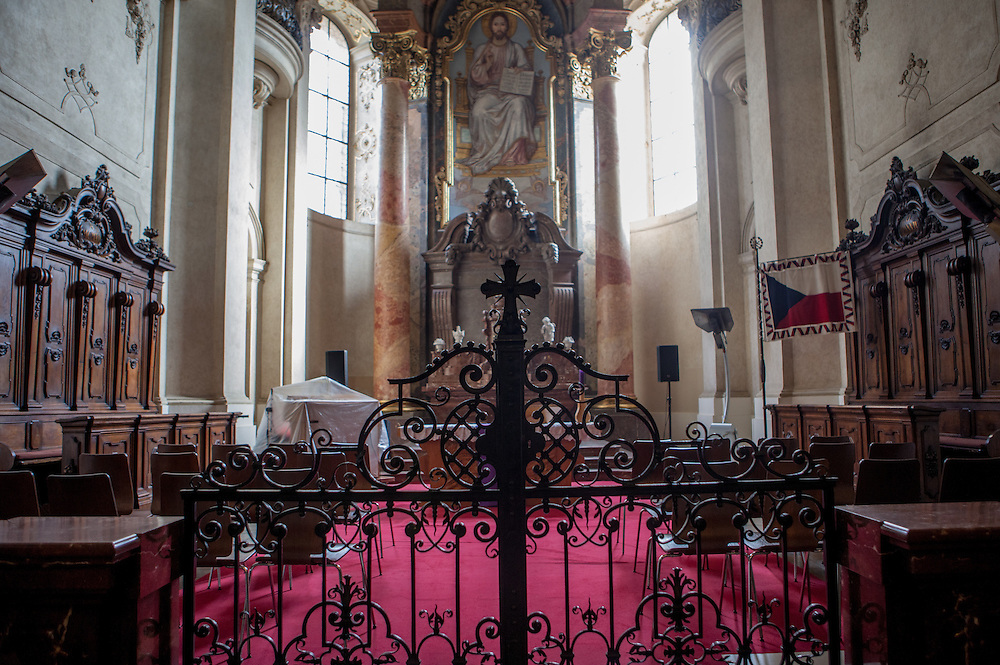 Inside the Church of St. Nicholas during a period of reconstruction (February 2015). Historical sources mention this place of worship as early as 1273, originally as a parish church, where Hussitism and Reformation used to be preached. The church was protestant, catholic, orthodox and after the war, St. Nicholas Church was given to the Czech Hussites, who continue its care today.