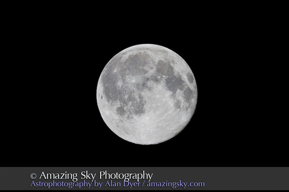Full Moon, Nov 2, 2009 with 130mm Astrophysics apo at f/6 and Canon 7D at ISo 400 for 1/400th sec. Normal processing.