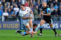 Henry Thomas of Bath Rugby goes on the attack  - Photo mandatory by-line: Patrick Khachfe/JMP - Mobile: 07966 386802 18/10/2014 - SPORT - RUGBY UNION - Glasgow - Scotstoun Stadium - Glasgow Warriors v Bath Rugby - European Rugby Champions Cup- Photo mandatory by-line: Patrick Khachfe/JMP - Mobile: 07966 386802 18/10/2014 - SPORT - RUGBY UNION - Glasgow - Scotstoun Stadium - Glasgow Warriors v Bath Rugby - European Rugby Champions Cup