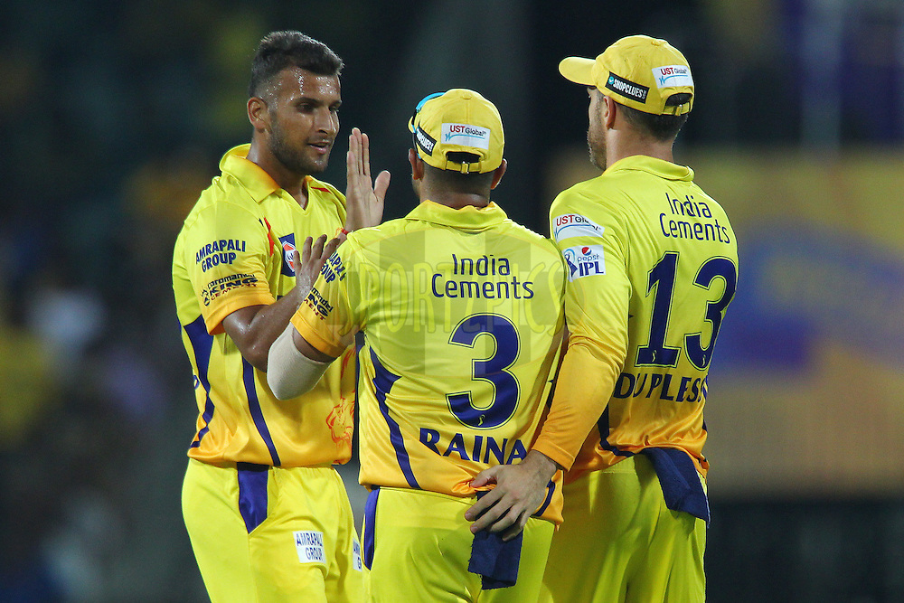 Ishwar Pandey of the Chennai Superkings celebrates the wicket of Virender Sehwag of Kings XI Punjab  during match 24 of the Pepsi IPL 2015 (Indian Premier League) between The Chennai Superkings and The Kings XI Punjab held at the M. A. Chidambaram Stadium, Chennai Stadium in Chennai, India on the 25th April 2015.<br /> <br /> Photo by:  Ron Gaunt / SPORTZPICS / IPL