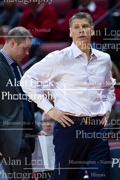NORMAL, IL - January 19:  Matt Gordon and Porter Moser during a college basketball game between the ISU Redbirds and the Loyola University Chicago Ramblers on January 19 2020 at Redbird Arena in Normal, IL. (Photo by Alan Look)