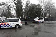 Politieonderzoek bij zijn huis