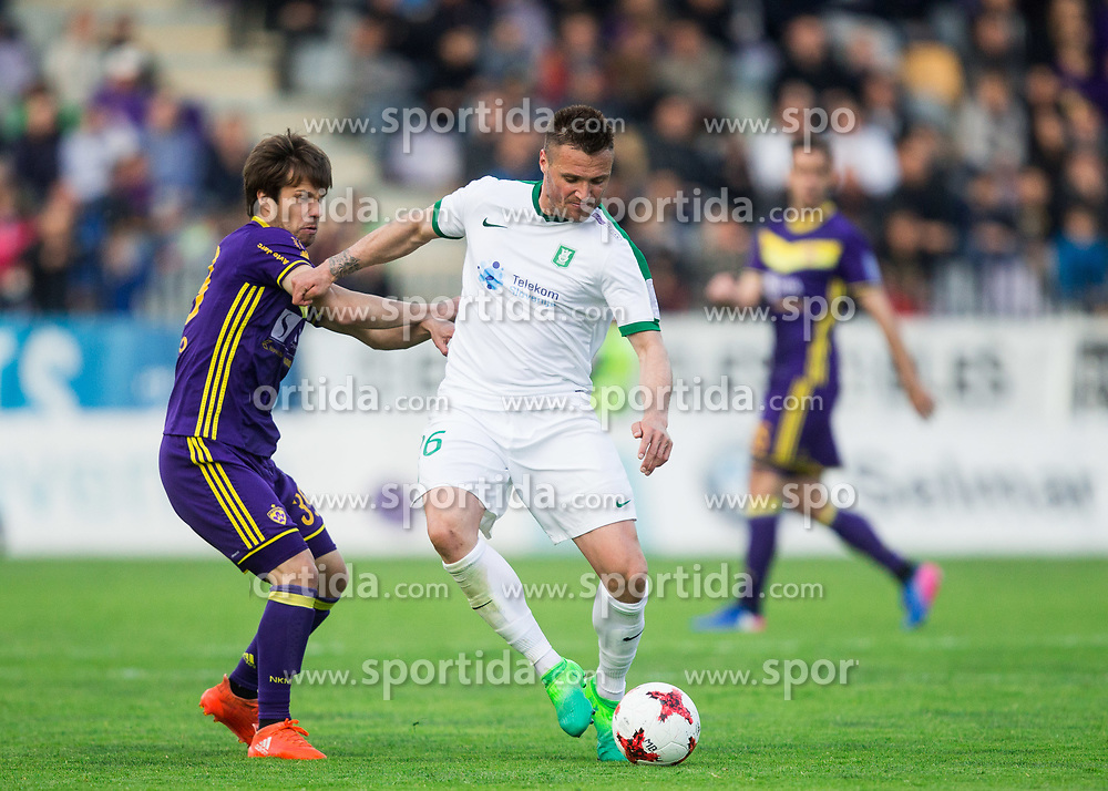 Damjan Bohar of Maribor vs Leon Benko of NK Olimpija during 2nd Leg football match between NK Maribor and NK Olimpija Ljubljana in Semifinal of Slovenian Football Cup 2016/17, on April 12, 2017 in Stadium Ljudski vrt, Maribor, Slovenia. Photo by Vid Ponikvar / Sportida