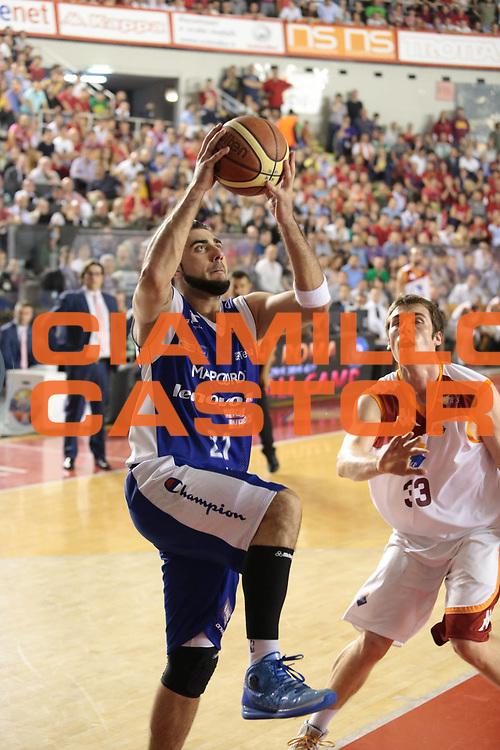 DESCRIZIONE : Roma Lega A 2012-2013 Acea Roma Lenovo Cantu playoff semifinale gara 7<br /> GIOCATORE : Aradori Pietro<br /> CATEGORIA : equilibrio<br /> SQUADRA : Lenovo Cantu<br /> EVENTO : Campionato Lega A 2012-2013 playoff semifinale gara 7<br /> GARA : Acea Roma Lenovo Cantu<br /> DATA : 06/06/2013<br /> SPORT : Pallacanestro <br /> AUTORE : Agenzia Ciamillo-Castoria/M.Simoni<br /> Galleria : Lega Basket A 2012-2013  <br /> Fotonotizia : Roma Lega A 2012-2013 Acea Roma Lenovo Cantu playoff semifinale gara 7<br /> Predefinita :