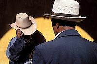 Guatemala. Momostenango. marche du dimanche. // Momostenango, sunday market, Guatemala