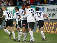 Fotball, 29. juni 2003, Tippeligaen, Odd Grenland - Lillestrøm 5-0. Tremålscorer Edwin van Ankern, Odd Edwin van Ankeren, Odd Grenland, jubler sammen med Martin Wiig