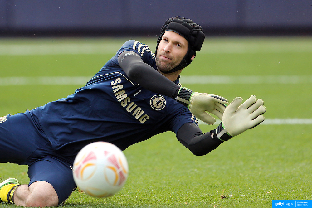 Goalkeeper Petr Cech, Chelsea, during the Manchester City V Chelsea friendly exhibition match at Yankee Stadium, The Bronx, New York. Manchester City won the match 5-3. New York. USA. 25th May 2012. Photo Tim Clayton