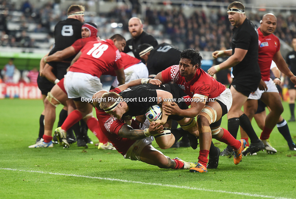 Sam Cane scores a try during the New Zealand All Blacks v Tonga Rugby World Cup 2015 match. St James' Park in Newcastle. UK. Friday 9 October 2015. Copyright Photo: Andrew Cornaga / www.Photosport.nz