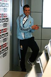 11-03-2010 VOETBAL: PERSCONFERENTIE REAL MADRID: MADRID<br /> Rafael van der Vaart<br /> ©2010- FRH nph /  Alex Cid-Fuente
