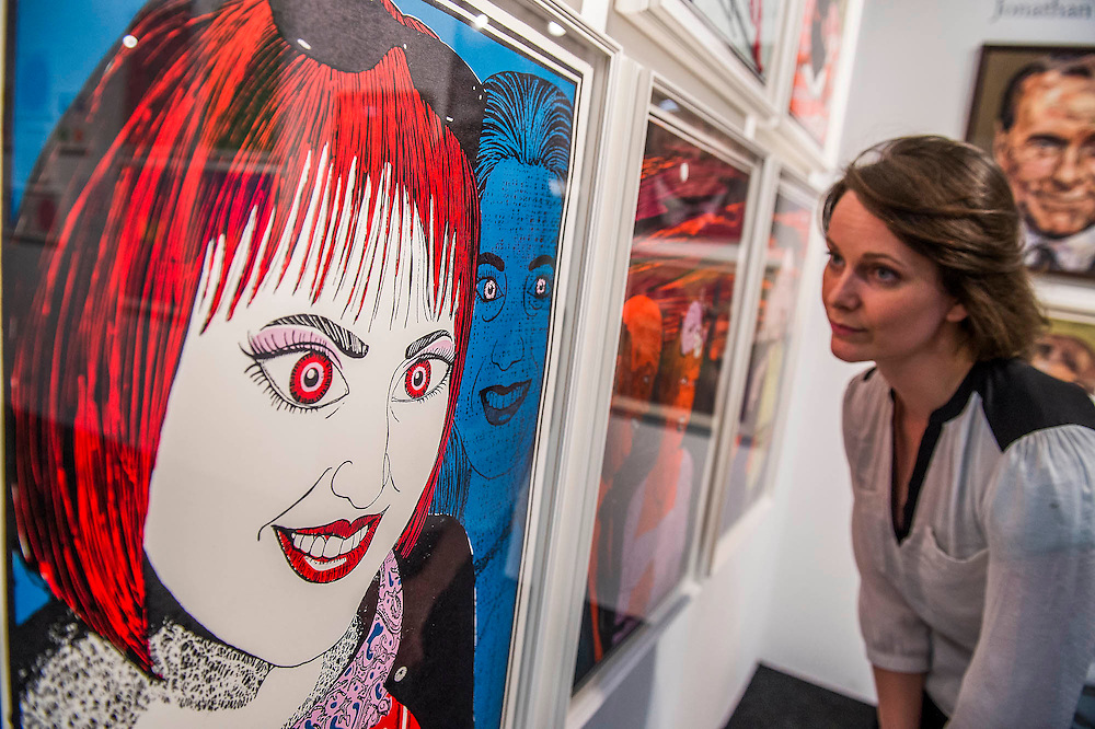 The Affordable Art Fair opens in Battersea and runs until 125 October. The fair offers visitors a chance to purchase work from over 100 galleries at prices between £50 and £5,000. Battersea Park, London UK 22 Oct 2015. Guy Bell, 07771 786236, guy@gbphotos.com