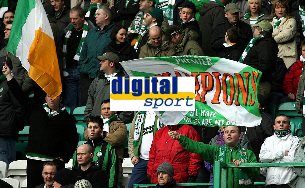 Photo: Paul Thomas.<br /> Glasgow Celtic v Glasgow Rangers. Bank of Scotland Scottish Premier League. 11/03/2007.<br /> <br /> Celtic fans celebrate early.