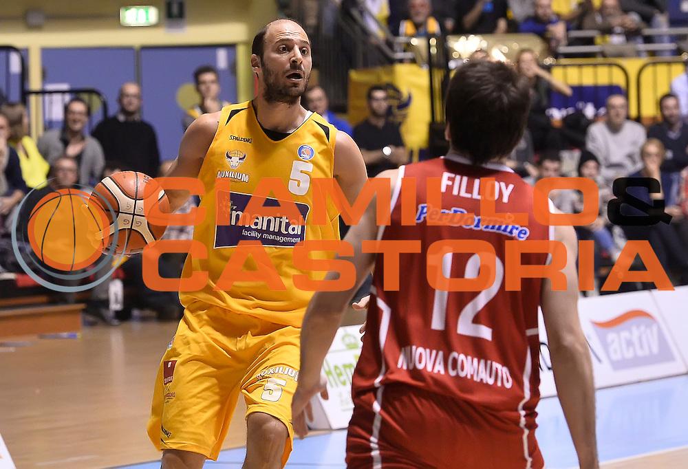 DESCRIZIONE : Torino Auxilium Manital Torino Giorgio Tesi Group Pistoia<br /> GIOCATORE : Stefano Mancinelli<br /> CATEGORIA : palleggio<br /> SQUADRA : Manital Auxilium Torino<br /> EVENTO : Campionato Lega A 2015-2016<br /> GARA : Auxilium Manital Torino Giorgio Tesi Group Pistoia<br /> DATA : 07/12/2015 <br /> SPORT : Pallacanestro <br /> AUTORE : Agenzia Ciamillo-Castoria/R.Morgano<br /> Galleria : Lega Basket A 2015-2016<br /> Fotonotizia : Torino Auxilium Manital Torino Giorgio Tesi Group Pistoia<br /> Predefinita :